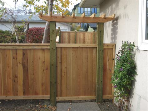Fence - Gate : Fence & Gate Construction Calgary-landscaping Company