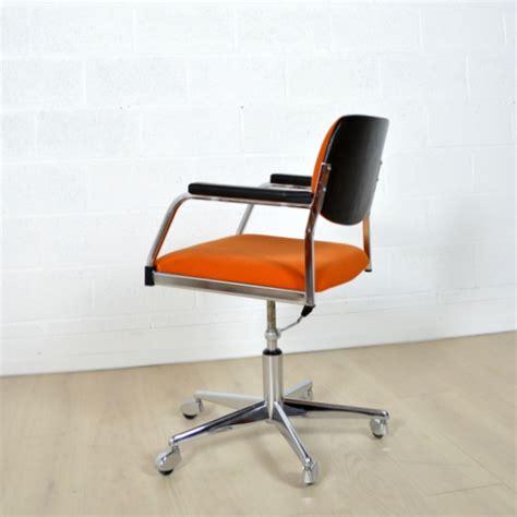 bureau vallee montauban fauteuil bureau vintage 17 best ideas about fauteuil de