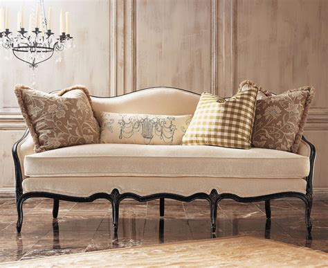 Camel Back Loveseat by Eye For Design Decorating With Camelback Sofas