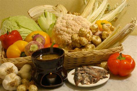 ricetta originale della bagna cauda piemontese bagna cauda piemontese o caoda ricetta originale e storia