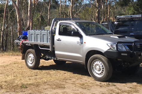 2015 toyota hilux sr review loaded 4x4