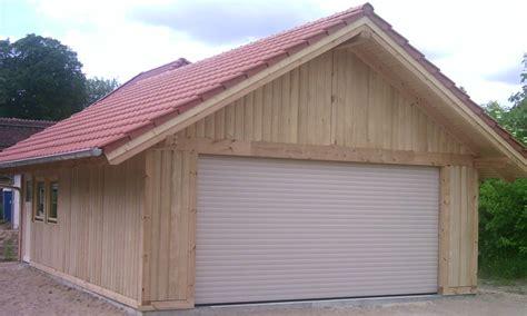 Fertiggaragen Aus Holz by Holzgarage Holzgaragen Als Individueller Bausatz
