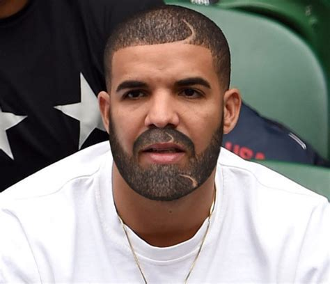 Drake Shows Off New Look .His Facial Hair & Parting On