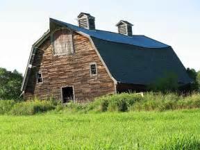 Old Farm Dairy Barn