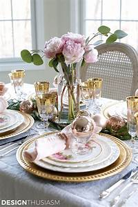 Elegant, Christmas, Table, Setting, With, Pink, And, Gold