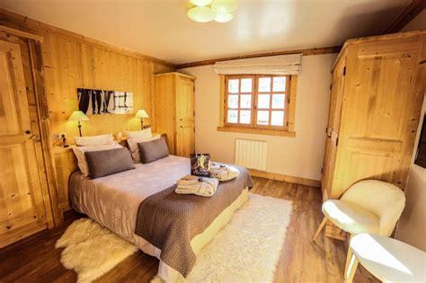chambre de chalet chalet pour 16 personnes à méribel chalet 8 chambres à