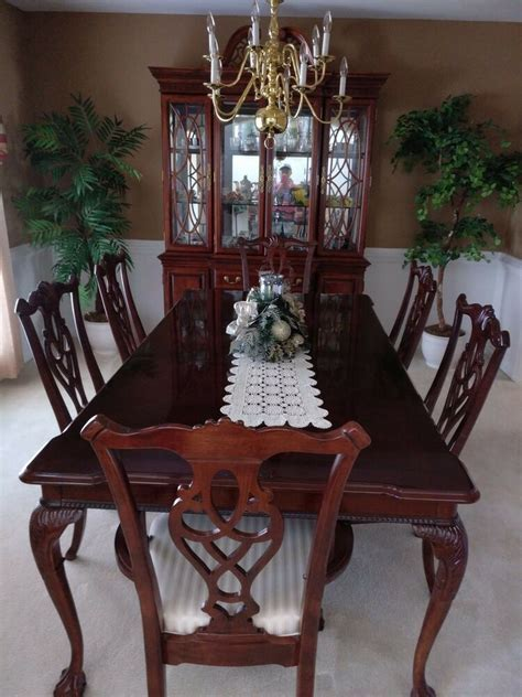 China Cabinet And Dining Room Set by 8 Dining Room Set Incl Table 6 Chairs China