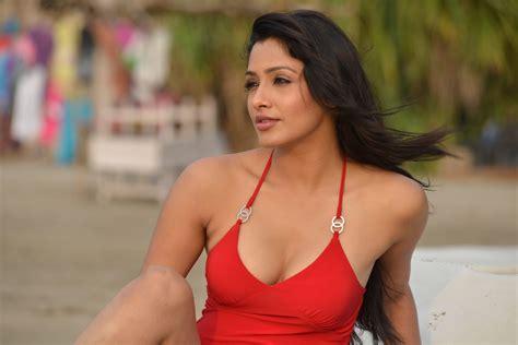 kesha khambati hot photos from best actors movie indian girls villa celebs beauty fashion