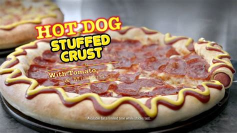 Pizza Hut's Hot Dog Stuffed Crust pizza - YouTube