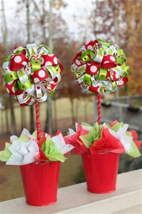 grinch inspired decorating 1000 ideas about grinch on grinch grinch and