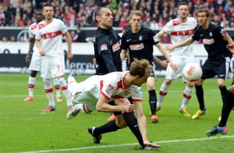 In addition, livesport.com provides statistics (ball possession, shots on/off goal, free kicks, corner kicks, offsides and fouls), live commentaries and. DFB-Pokal-Auslosung: Der VfB Stuttgart muss in der zweiten Runde zum SC Freiburg - VfB Stuttgart ...