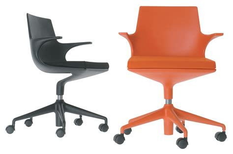 chaise spoon spoon chair castor armchair black black cushion by kartell