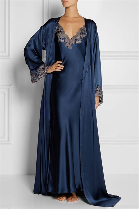 maison de la robe la perla maison lace trimmed silk satin robe in blue lyst