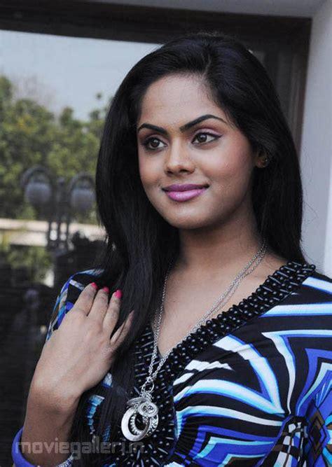 ko actress karthika ko movie actress karthika nair photo shoot gallery images
