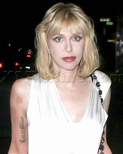 COURTNEY LOVE TATTOO PHOTOS PICS PICTURES OF HER TATTOOS