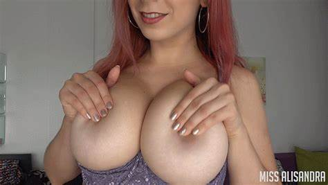 Stunningly Side Nipples Session