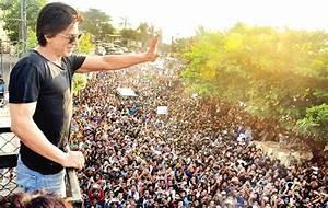Shahrukh Khan's sea view home 'Mannat' in Mumbai - Zricks ...