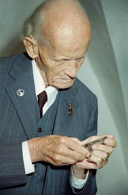Walter Zapp Wikipedia 2000