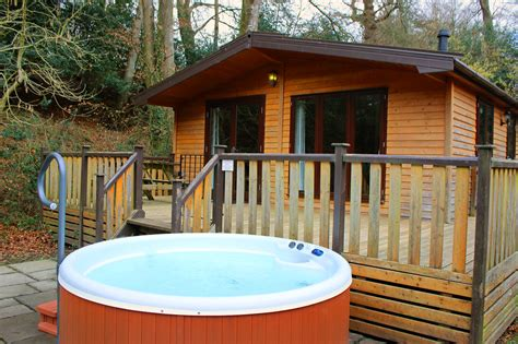 luxury lodges with tubs 5 tub holidays for away resorts