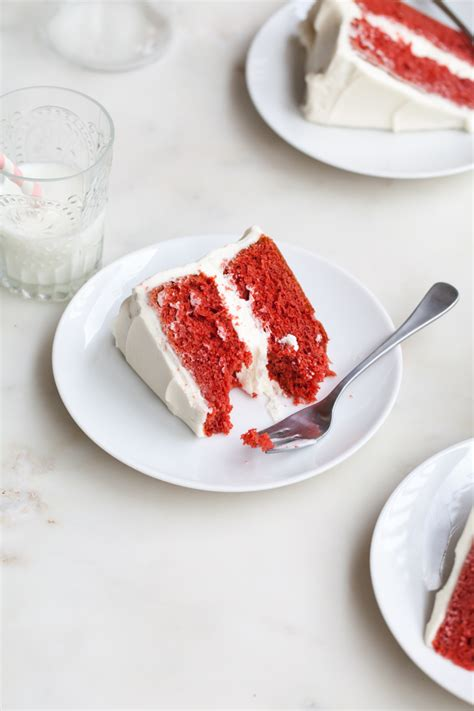 red velvet cake  cream cheese frosting style sweet ca