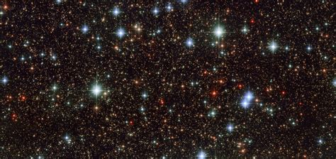 Hubble Photo Of The Galactic Center Reveals Colorful Stars