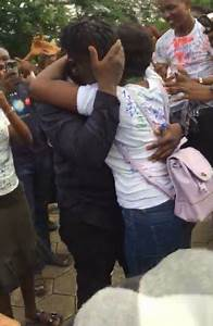Funaab Finalist Gets Proposed To By Her Boyfriend During Her Sign