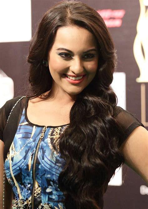 long actress film top 50 des actrices indiennes avec de longs cheveux superbe