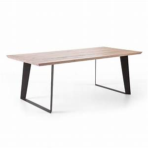 Holztisch Mit Metallgestell : die besten 25 tischbeine metall ideen auf pinterest ~ Lateststills.com Haus und Dekorationen