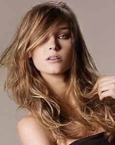 Coupe Cheveux Longs Femme : coupe cheveux long epais ~ Dallasstarsshop.com Idées de Décoration