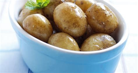 how for potatoes to boil how to boil potatoes perfectly love potatoes
