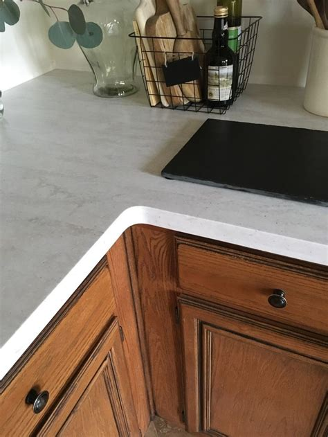 Corian Countertops Pros And Cons 1000 Ideas About Solid Surface On Quartz Slab