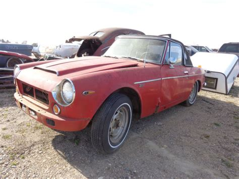 Datsun Fairlady Parts by 1969 Datsun 2000 Fairlady Roadster Project With Parts Car