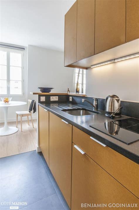 cuisine en longueur ouverte une cuisine ouverte en longueur et en bois cuisine cuisine équipée plan