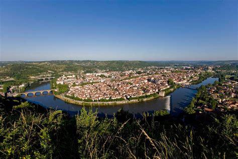 bureau vallee cahors découvrez cahors ville d 39 et d 39 histoire dans la vallée