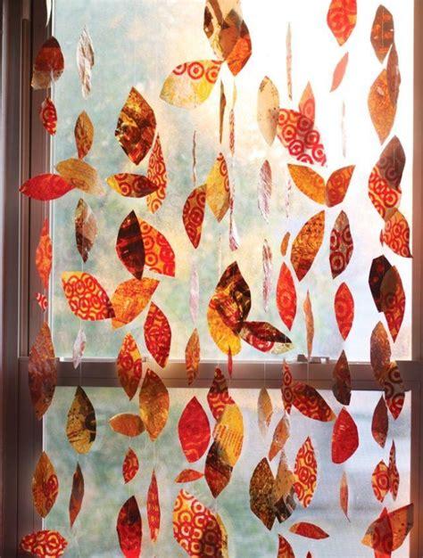 Herbstdeko Basteln Für Fenster Kostenlos by Mit Kindern Fensterbilder Im Herbst Basteln Und Malen