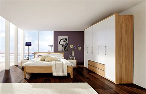 bedroom layouts for small rooms how to arrange bedroom furniture in a small bedroom 5 18176 | Bedroom Furniture in White