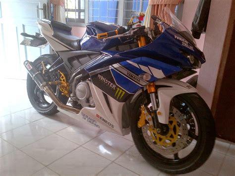 Foto Moditifikasi Motor R25 Yang Keren by Vixion Modif Jadi R25 Yamaha Oto Trendz