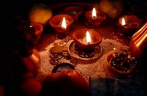 File:Diwali Oil lamps Darjeeling jpg - Wikimedia Commons