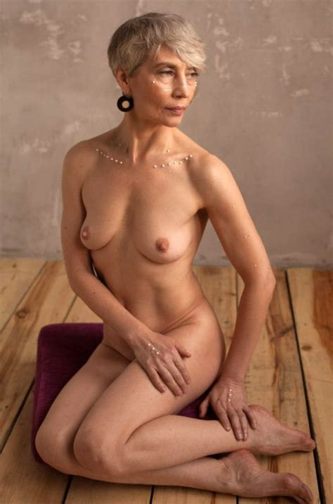 Sexy Classy Elegant Mature Wives 30 Pics Xhamster