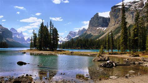 fond ecran paysage montagne lac foret sommet enneig 233 ciel