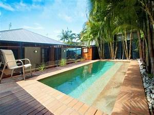 les 25 meilleures idees concernant piscine bois With amenager un jardin rectangulaire 2 terrasse de jardin moderne planification et conception