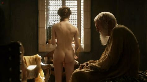 Nude Esme Bianco From Games Of Thrones 17 Photos