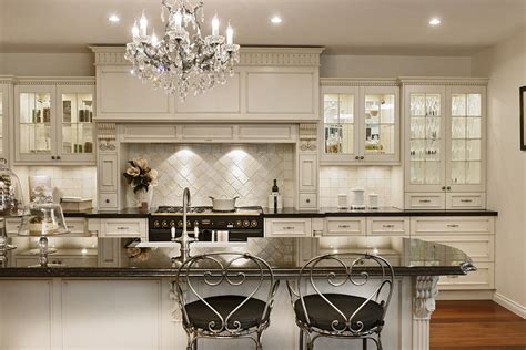 French Country Kitchen Cabinets Design Ideas