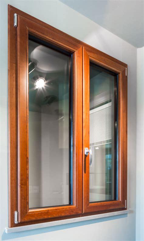 finestre schueco  alluminio  legno prezzo  vendita