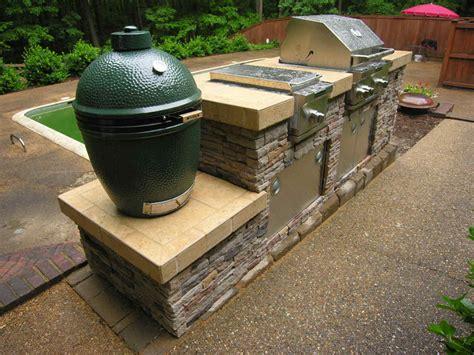 outdoor kitchen with green egg archadeck of central ga macon warner robins decks