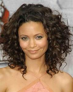Medium Hairstyles Pictures For Thick Frizzy Hair | Short ...