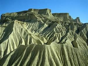 Desert Des Bardenas En 4x4 : marche dans le d sert des bardenas espagne ~ Maxctalentgroup.com Avis de Voitures