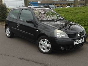 2004 Renault Clio 1 2 Black   Very Low Miles Only 55000