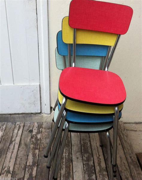 relooker des chaises en bois relooker une chaise en