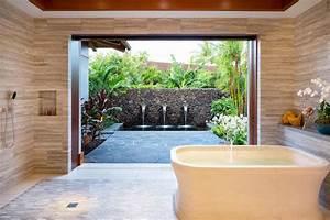 10 Smashing Tropical Bathroom Design Ideas to Keep In Mind